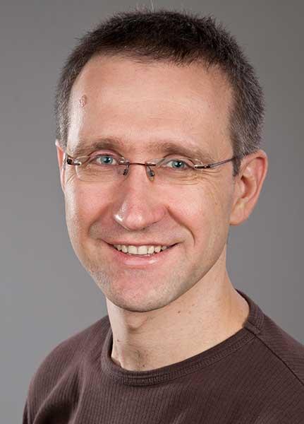 Dr. Holger Flick