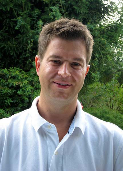Dr. Raimund Lunzer